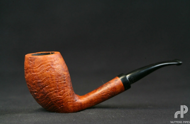 Egg courbe ebonite