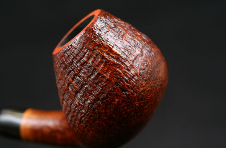 bent sablée ebonite