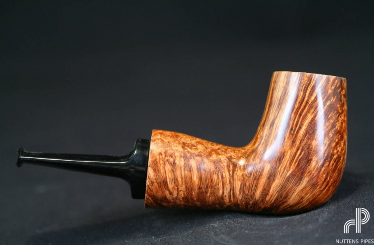 reverse calabash smooth straight grain