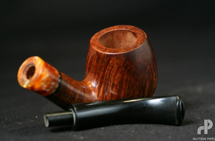 bent billiard ébonit